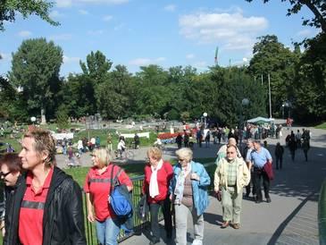Durch S21 war einiges los im Schlossgarten